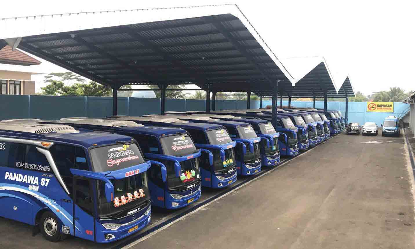 Beranda - Sewa Bus Pandawa 10 Cianjur